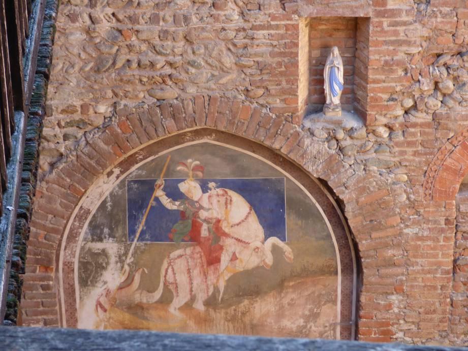 Uno degli affreschi del castello di Rivalta