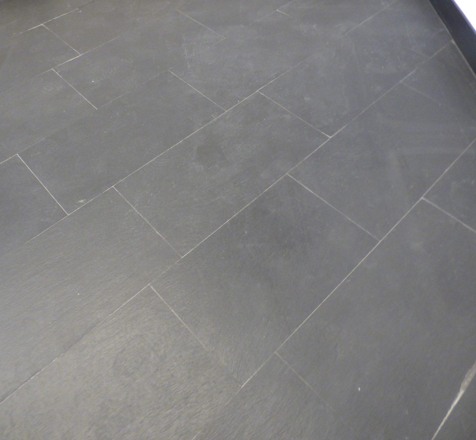 La Pietra Della Lavagna recupero di un pavimento in ardesia nera italiana in una