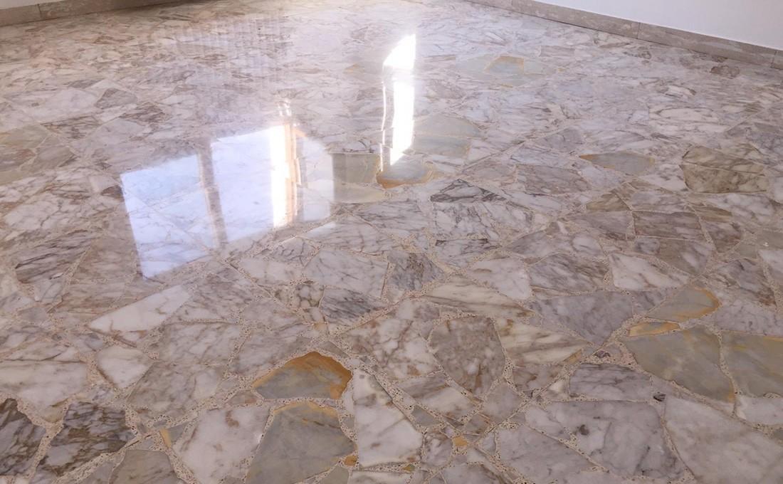 polir le marbre ruiné