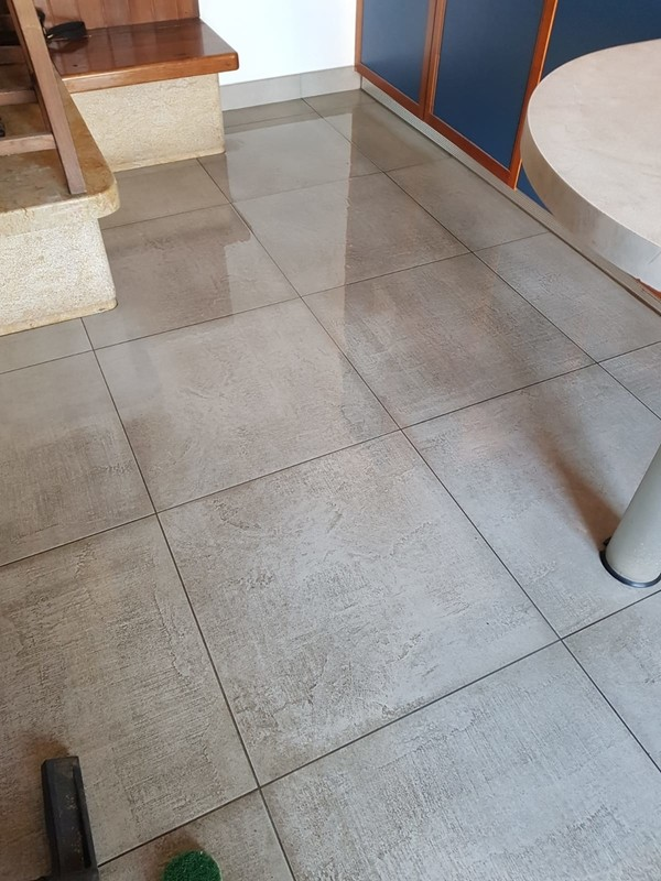 pulizia-gres-porcellanato porcelain tiles cleaning