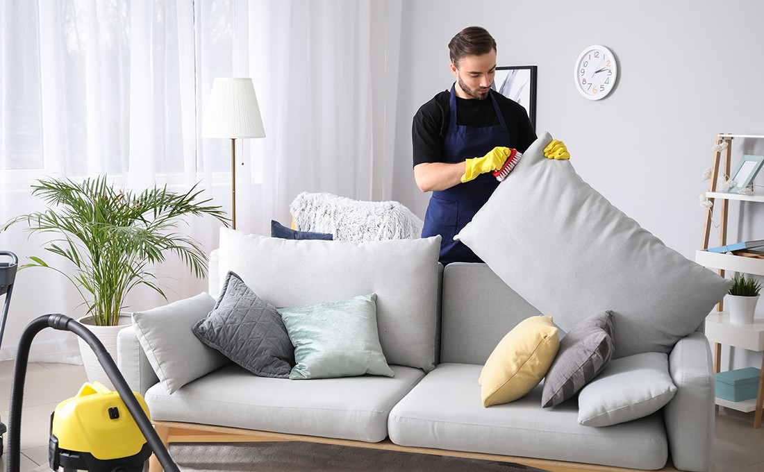how to clean the fabric sofa